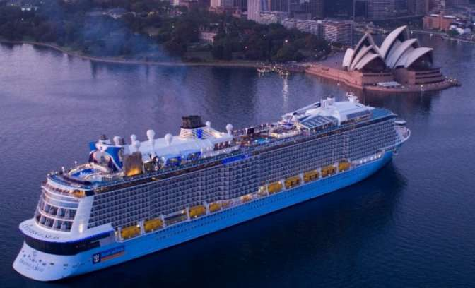 Gloednieuwe Ovation of the Seas in Sydney Australië
