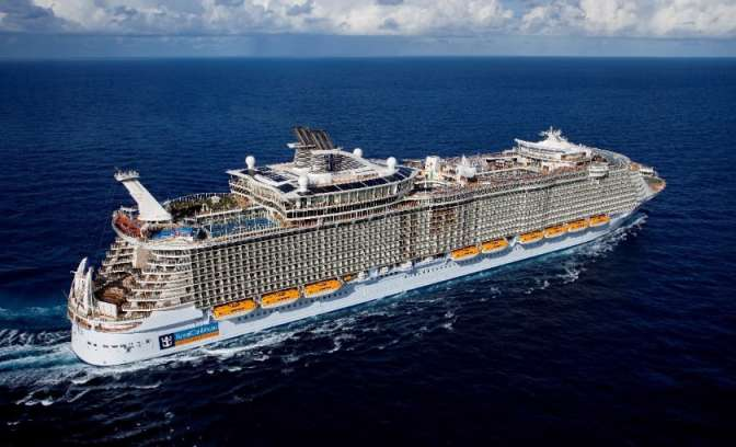 Allure of the Seas schip van rederij Royal Caribbean