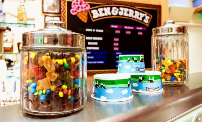 Ben and Jerry ijs bar op de Adventure of the seas